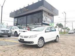 VW Voyage Confortiline 1.6 - 2012 completo - Financio ate 48 x - 2012