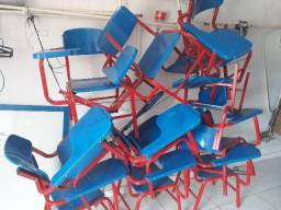 12 cadeiras escolares