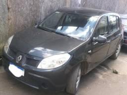 Renault Sandero 1.0 - 2011