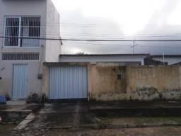 Casa no Maranguape, com duplex