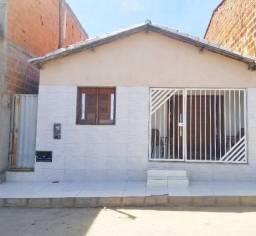 Casa 03 quartos, Baraúnas