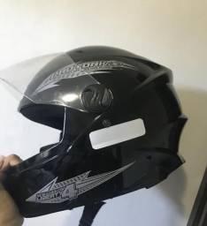 Vendo capacete número 56