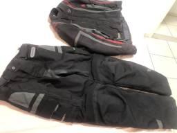 Calça e jaqueta riffel