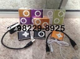 R$ 25 MP3 Play Shuffle Mini MP3 Player Suporta até 32GB com Fone e Cabo usb Carregador