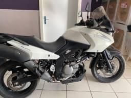 Moto Suzuki VStrom DL650 2011