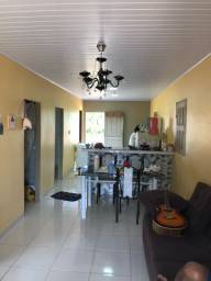 Vende-se troco ou negócio com casa apartamento em Manaus
