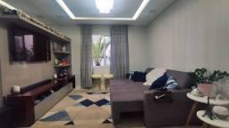 Casa 3 Dormitórios/Sendo 1 Suíte no Pedra Branca!