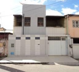 Excelente duplex com 4 quartos em José Bonifácio - Fortaleza - CE