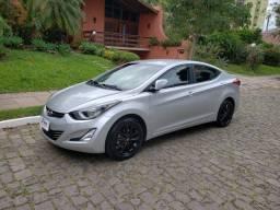 Hyundai Elantra 2.0 GLS 4P