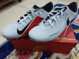 Chuteira Nike N°42