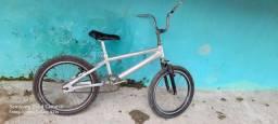 Bicicleta aro20 pra vender ou troca sou do cabo