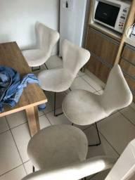 4 Cadeira estocadas
