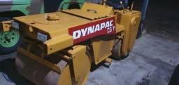 Título do anúncio: Rolo compactador Dynapac CG.11