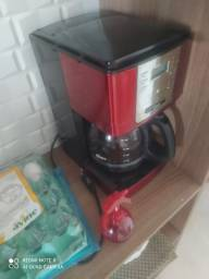 Cafeteira Elétrica Oster Programável 36 Xícaras Vermelha 110V