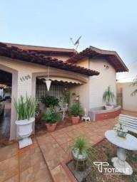 Título do anúncio: Casa para Venda Penápolis / SP Centro - Ótima Localização