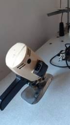 Máquina de cortar semi nova  valor 300 reais URGENTE