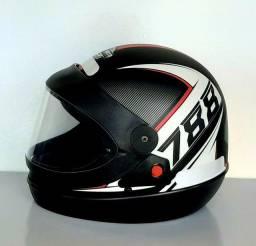 Título do anúncio: Hobbies Capacete Moto Protork Automático Racing 788 Fosco Coleções