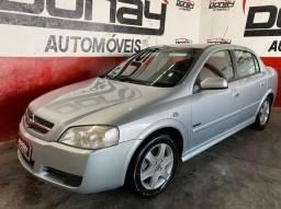 Astra sedan advantage 2.0 8v
