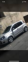 Fiat uno vivace 2011/ 1.0