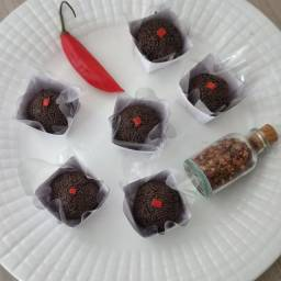 Brigadeiros gourmet, chocolate com Pimenta