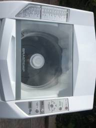Máquina de lavar roupa marca Brastemp / 8kg