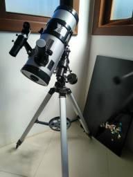 Vende-se telecópio