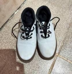 Sapato masculino em perfeito estado tamanho 39