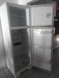 Geladeira+estante: