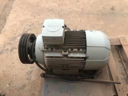 Motor Elétrico Trifásico De 25 Cv Siemens 220/380/440