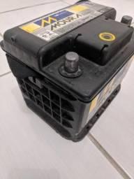 Bateria Moura 48 Ah modelo M48FD ocupa pouco espaço