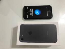 IPhone 7 com 32Gb muito novo