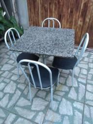 Mesa mármore 4 cadeiras