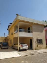 Vendo excelente casa no Condominio Portal 1