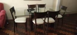 Conjunto Mesa com tampo de vidro e 6 cadeiras USADA