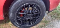 Rodas 15 KR com pneus em ótimo estado 1.300,00