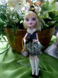 Bunny Blanca boneca Ever after high