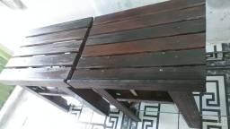 Vendo essas duas lindas mesas de madeira da melhor qualidade por apenas 120 reais