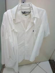Camisa Branca manga curta M G usada pouco valor cada oferta barato