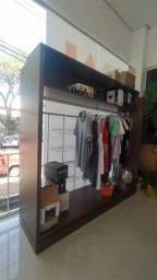Moveis para vitrine de loja de roupas
