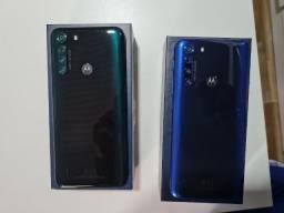 smartphone motorola one fusion 4G disponível na cor azul ou verde
