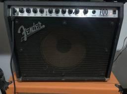 Amplificador Fender RocPro 700