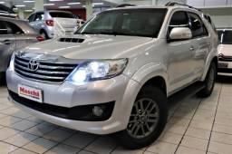 Toyota Hilux SW4 3.0 4x4 Diesel ** 7 Lugares **