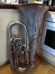 Tuba usada besson eb