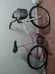 Bicicleta. Semi nova!