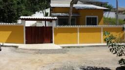 Casas de 02 e 03 quartos no Condomínio Alferes Tiradentes