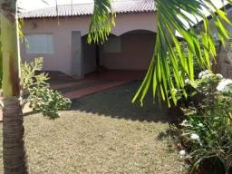 Vendo - Maravilhosa Casa - Coromandel- Minas Gerais -Valor = 380.000,00