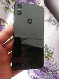 V/T Motorola One