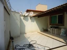 Casa à venda com 3 dormitórios em Cabral, Contagem cod:12090