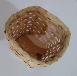 Cestinha de bambu