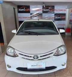 Toyota Etios Hb 1.5 Xs Muito conservado 2015
